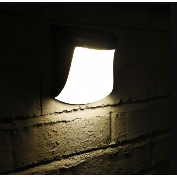 Warm Light Wall Solar